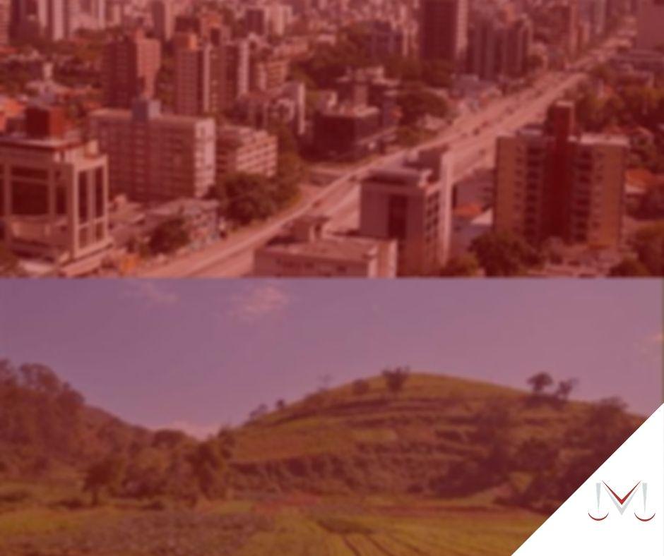 #pratodosverem: post: O que é aposentadoria híbrida? Na foto a imagem de uma cidade e de um campo rural dividem a foto. Cores na imagem: verde, preto, amarelo, vermelho, azul e branco.